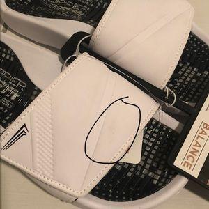 Copper Fit Shoes - 🆕 Copper Fit slide, white, Sz 7